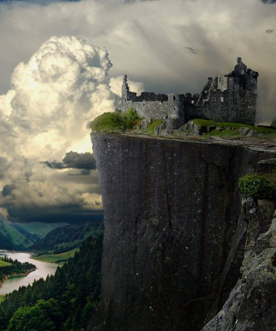 Cliff-Castle-Ruins-Germany