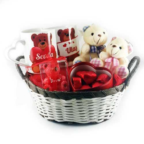 sevgilime-bi-dolu-ayicikli-hediye-sepeti-800-35-B
